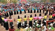 Sơn La: Tưng Bừng Lễ Hội Hoa Ban 2014