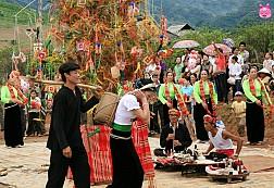 MAI CHÂU - MỘC CHÂU - Lễ Hội Hết Chá